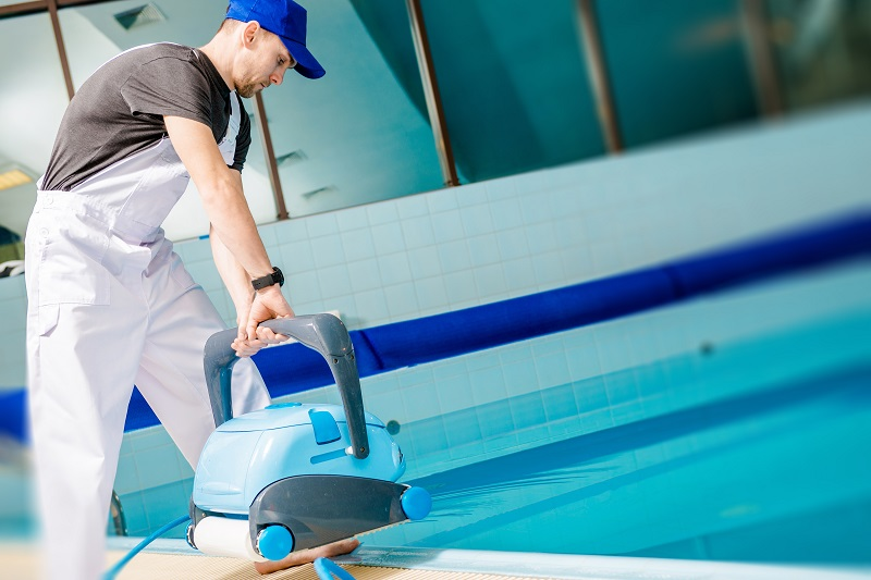 Pool-cleaning-services-in-dubai